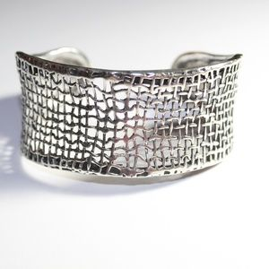 Cuff bracelet sterling silver with weave design